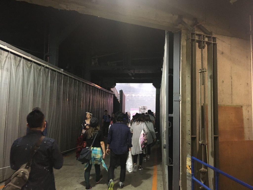 安室奈美恵 Finally 東京ドーム内手前 アリーナへの通路
