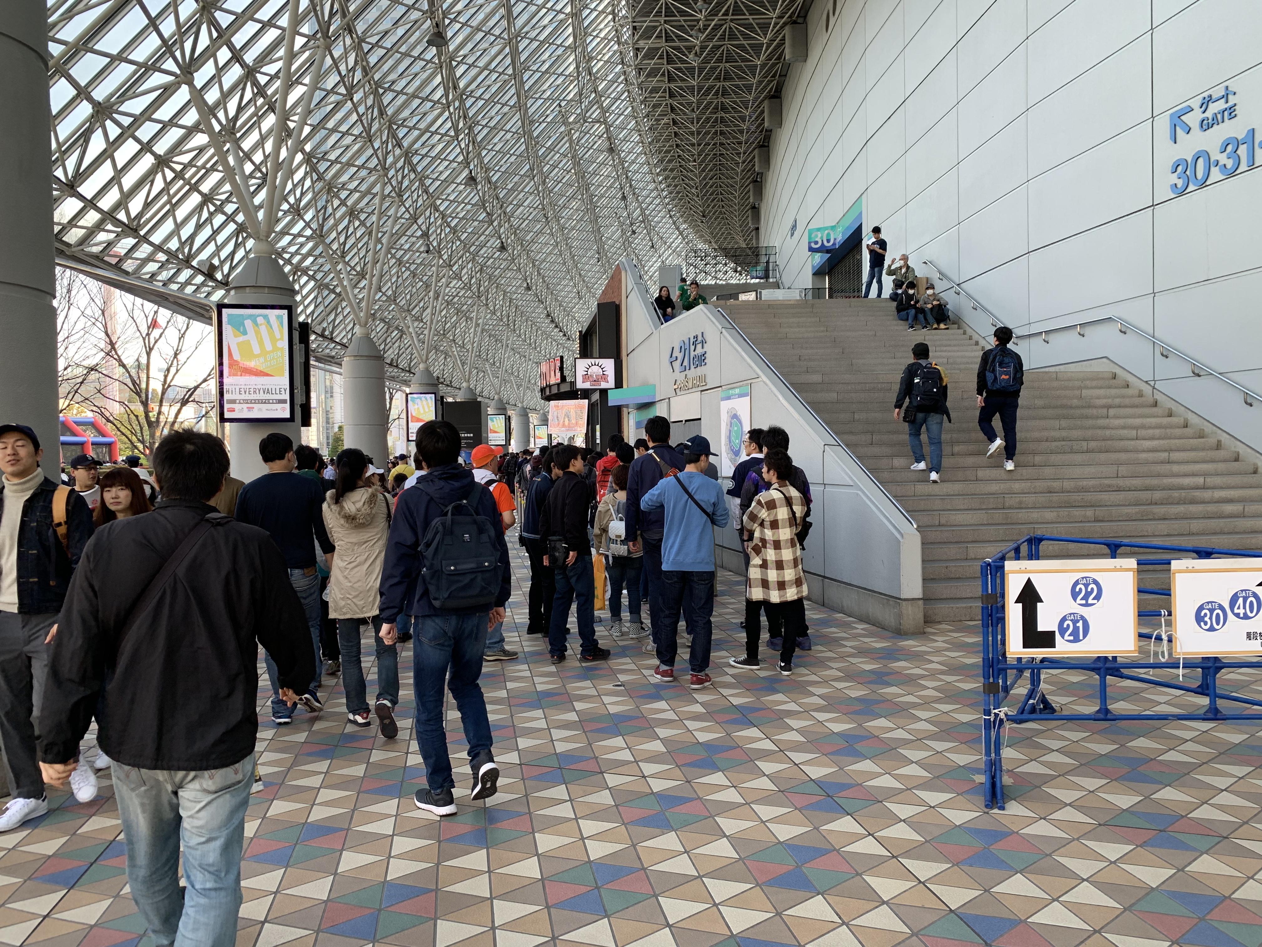 東京ドーム 3月20日 ショップ前